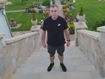 Szili94 26 éves társkereső profilképe