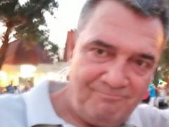 Miklós22 - 62 éves társkereső fotója