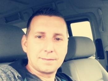Csak egy pasi 35 éves társkereső profilképe