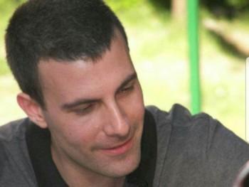 Rajmi 24 éves társkereső profilképe