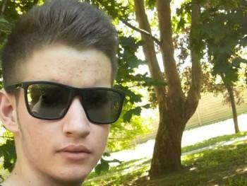 Bence25 17 éves társkereső profilképe