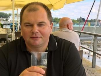 Almaleves99 48 éves társkereső profilképe