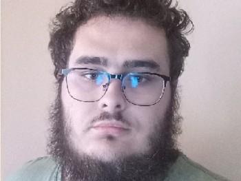 ádám1991215 21 éves társkereső profilképe