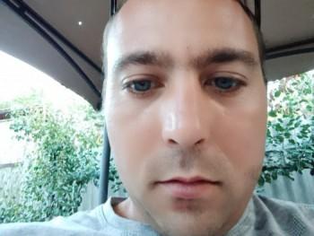 Sanyi89 31 éves társkereső profilképe