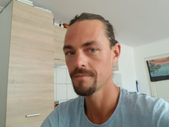 Gábor Horváth 36 éves társkereső profilképe