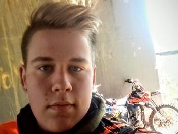 Atika30 16 éves társkereső profilképe