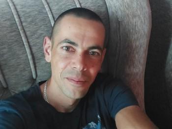 laci19850425 36 éves társkereső profilképe