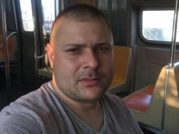 NNorbert 33 éves társkereső profilképe