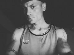 ikarusz1 - 30 éves társkereső fotója