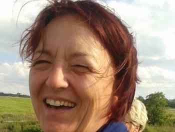 Zsú 61 éves társkereső profilképe