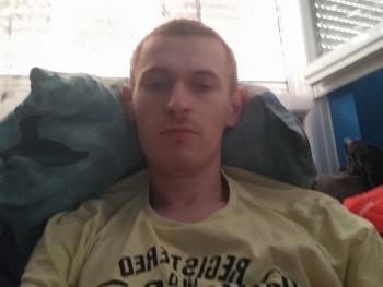 Boldi 23 éves társkereső profilképe