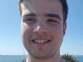 publikpar 33 éves társkereső profilképe