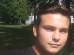 zsolti2117 - 21 éves társkereső fotója