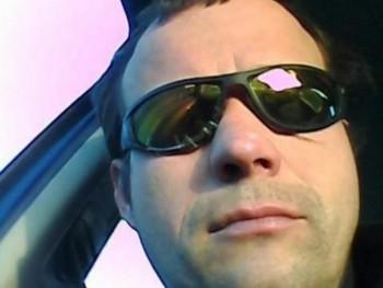12imi 41 éves társkereső profilképe