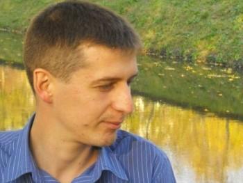 sexdeb 35 éves társkereső profilképe