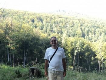 FAndrás 47 éves társkereső profilképe
