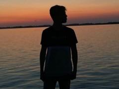 Tomi888 - 17 éves társkereső fotója