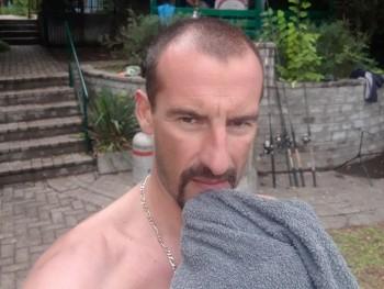 csuki77 43 éves társkereső profilképe