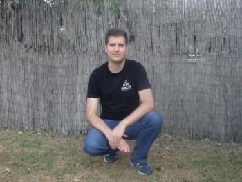 Andrew 1 29 éves társkereső profilképe