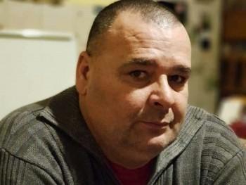 mnbvcxy 50 éves társkereső profilképe