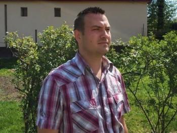 Csaba9001 30 éves társkereső profilképe