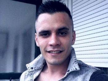 Robert1220 28 éves társkereső profilképe