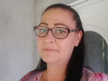Tímea77 43 éves társkereső profilképe