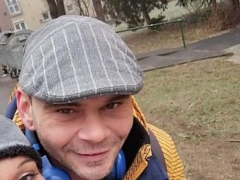 pöcsös84 37 éves társkereső profilképe