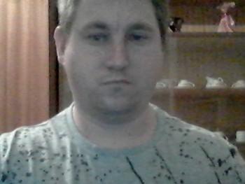 sandor22 35 éves társkereső profilképe