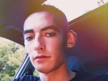 csaba98 22 éves társkereső profilképe