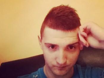 blackstar22 22 éves társkereső profilképe