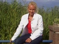 Katalin49 - 49 éves társkereső fotója