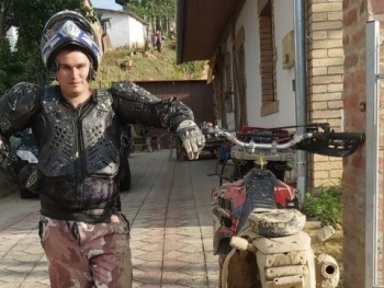 Steve1 25 éves társkereső profilképe
