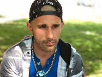 Gombi123 29 éves társkereső profilképe