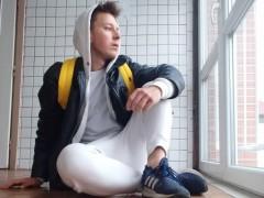 viktor147 - 19 éves társkereső fotója