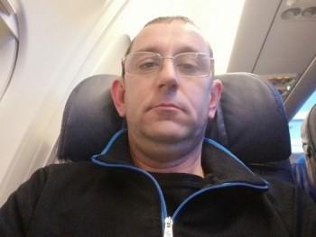 tjoco20 38 éves társkereső profilképe