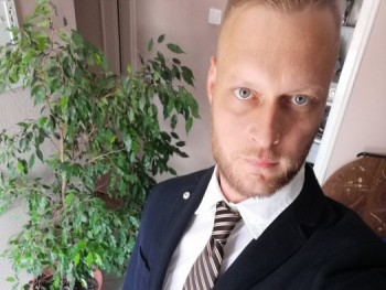 Zsolti32 32 éves társkereső profilképe
