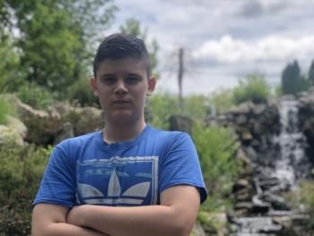 rgergo 17 éves társkereső profilképe