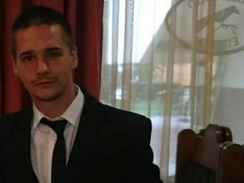 csilliktamas 23 éves társkereső profilképe