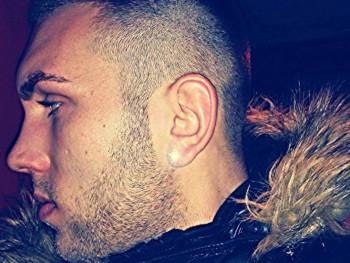chriss21 28 éves társkereső profilképe