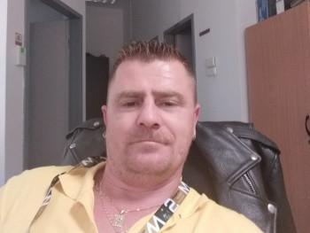 Csab03 36 éves társkereső profilképe