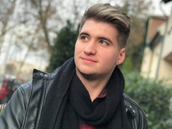 Nkevin 21 éves társkereső profilképe