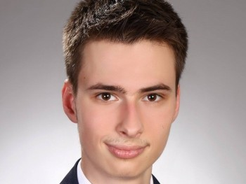 tothgabcsi98 23 éves társkereső profilképe