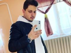 Richard12 - 21 éves társkereső fotója