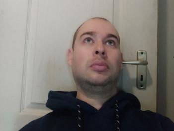 Tamás221 41 éves társkereső profilképe