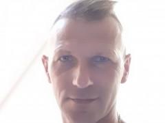 csabesz03 - 40 éves társkereső fotója