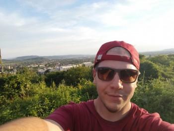 lacko92 28 éves társkereső profilképe