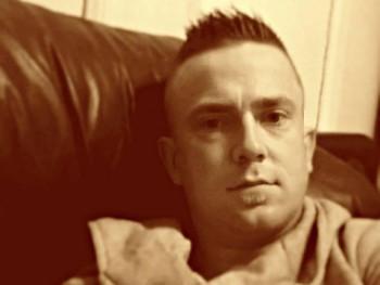 Yannika33 33 éves társkereső profilképe