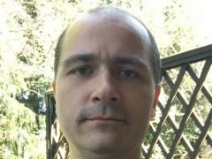 uzhgsm1 - 33 éves társkereső fotója