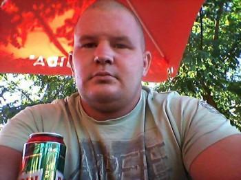 stev88 27 éves társkereső profilképe